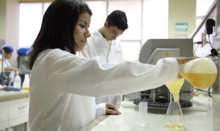 ¿Qué pueden aportar los estudiantes de Tecnología de los Alimentos a las empresas de bebidas y alimentos?